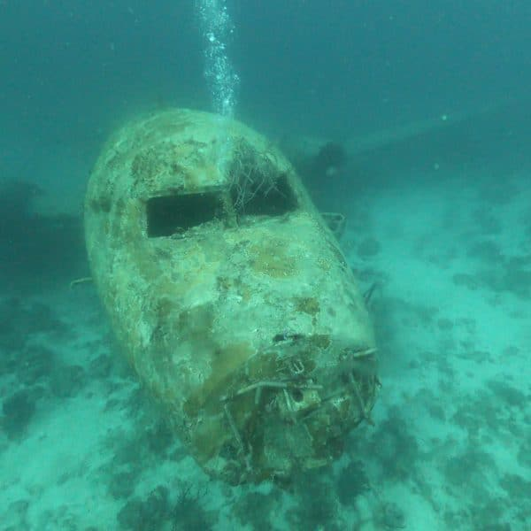 How is wreck diving in Aruba?
