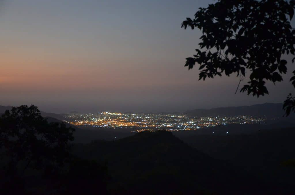 Minca by night